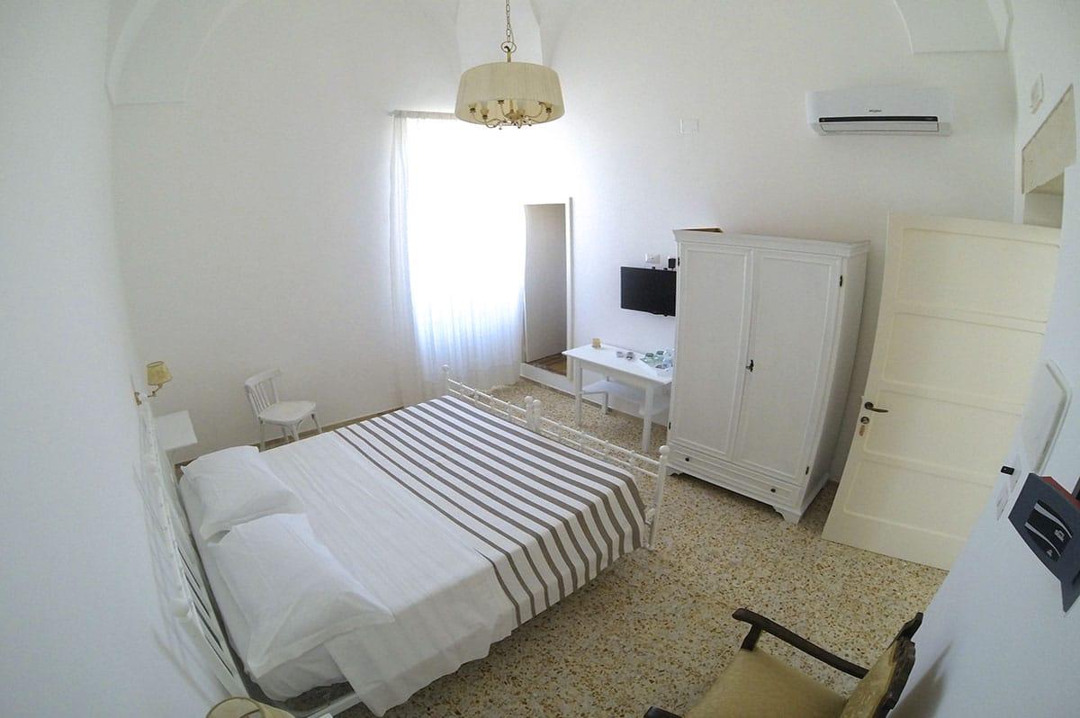 Camera Baia dei Turchi - Palazzo Marzo Bed & Breakfast Otranto